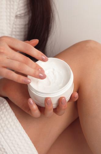 beautiful-woman-hands-with-cream-5YKUJM9-01